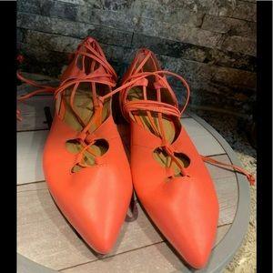 Banana Republic Pink salmon sz 7 tie ankle shoes